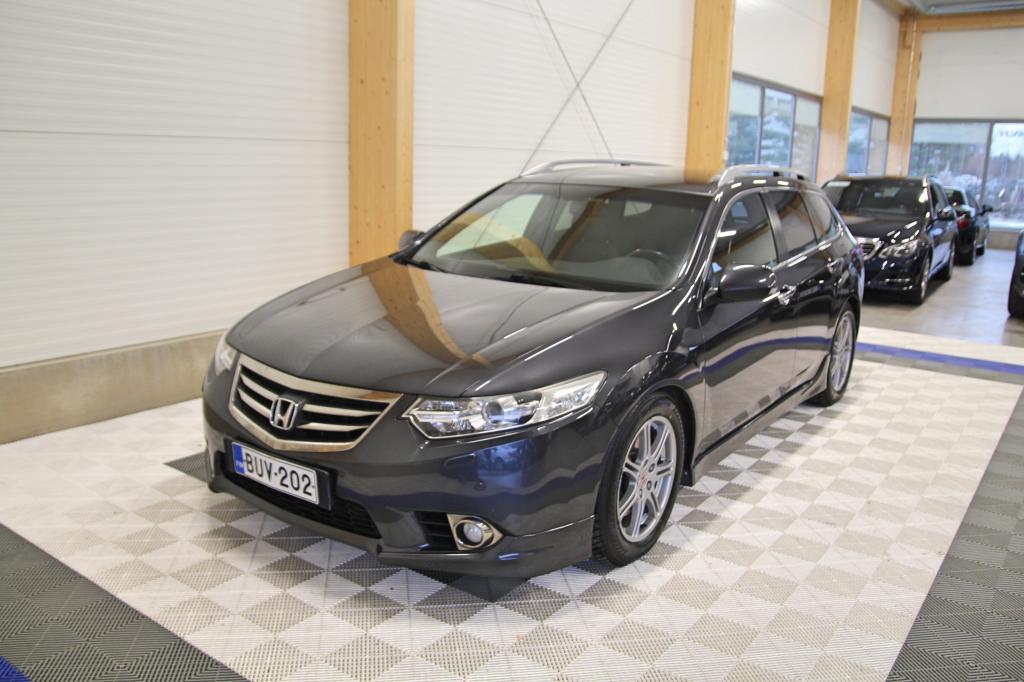 Honda Accord, 2.2 i-DTEC Type-S 132kw *XENON/WEBASTO/TYPE-S*