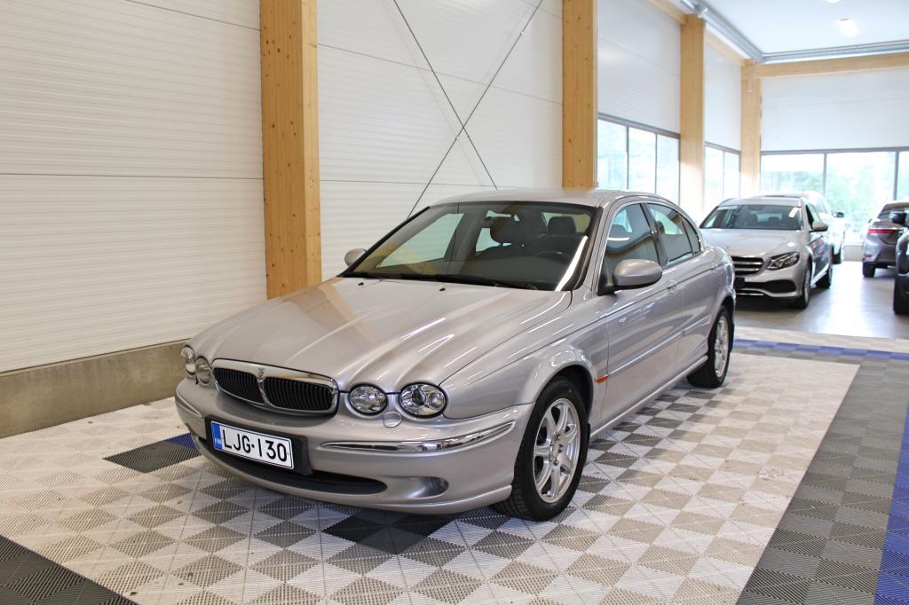 Jaguar X-type, 2, 1 V6 Aut Saloon *HIENO VÄHÄN AJETTU SUOMIAUTO*