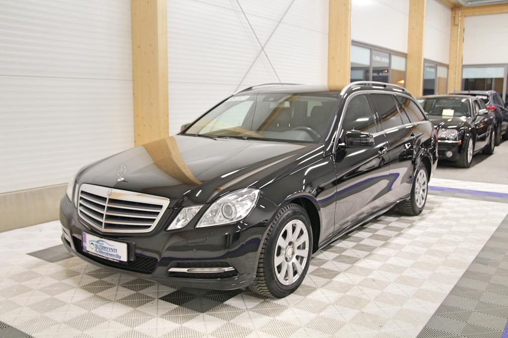 Mercedes-Benz E, 220 CDI BE 7g-aut *ILS/COMAND/NAHAT*