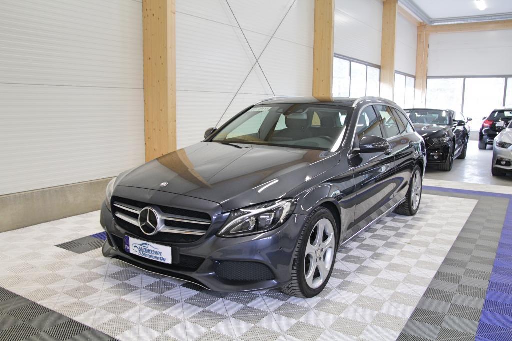 Mercedes-Benz C, 220d BT T A Avantgarde *LED/DISTRONIC/KOUKKU/PANORAMA/NAVI*