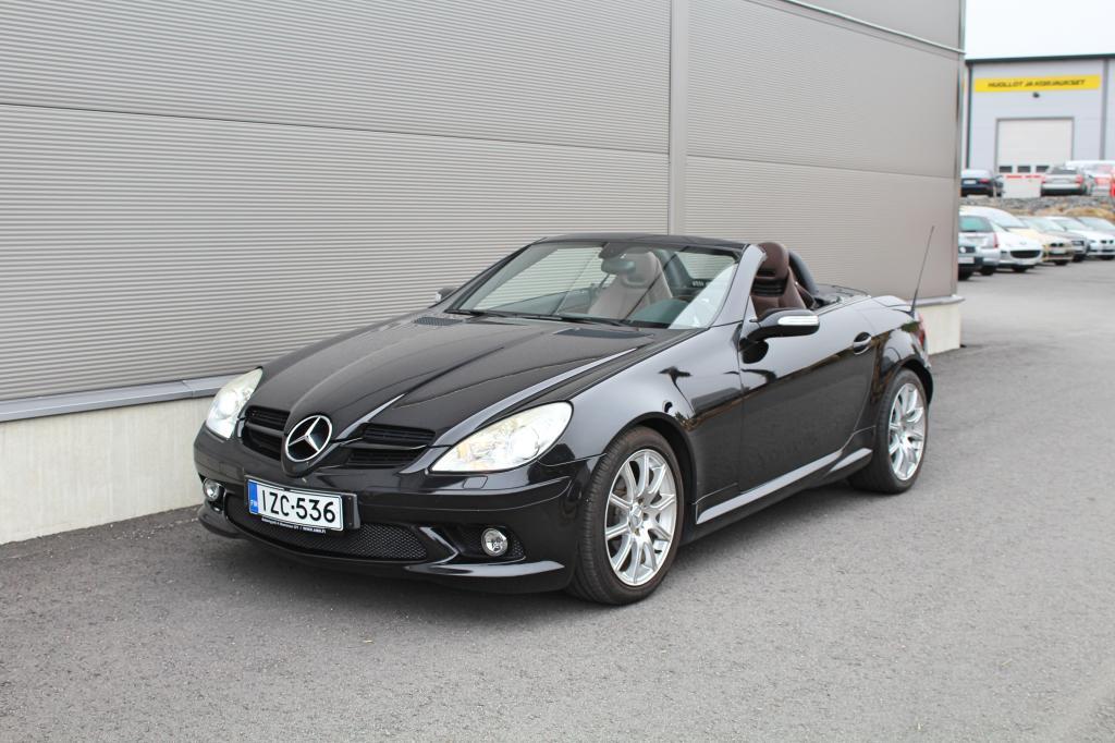 Mercedes-Benz SLK, 200 Kompressor AMG *AIRSCARF/XENON/TUTKAT/NAHAT*