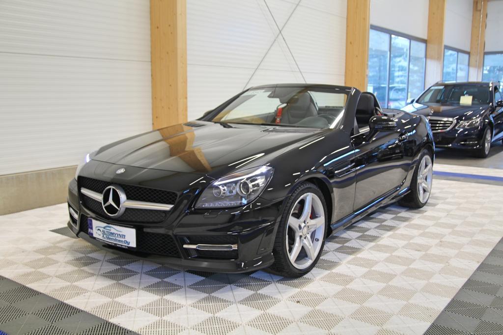 Mercedes-Benz SLK, 250 CDI BE A AMG *HARMAN&KARDON/ILS/TUTKAT/NAVI*
