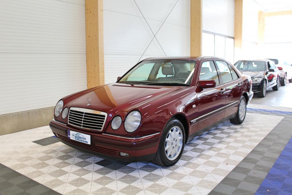 Mercedes-Benz E, 280 Elegance Aut