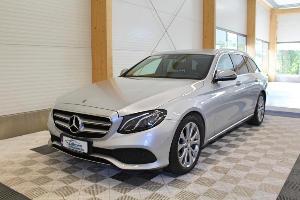 Mercedes-Benz E, 220d T A Avantgarde *LED/NAVIVALMIUS/P-KAMERA/LASINTUMMENNUKSET*