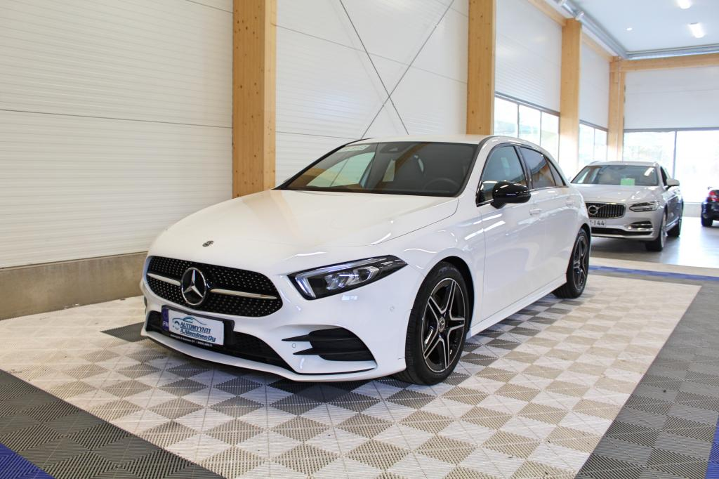 Mercedes-Benz A, 180 Aut AMG Line *WIDESCREEN/LED/NIGHT*