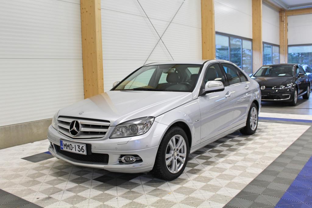 Mercedes-Benz C, 220 CDI Aut Avantgarde *XENON/BT/TUTKAT*