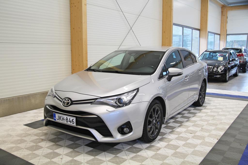 Toyota Avensis, 2, 0 D-4D Active Edition *NAVI/XENON/ALV24%*