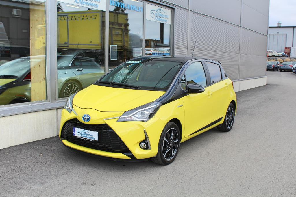 Toyota Yaris, 1, 5 Hybrid Aut Yellow Edition *LASIKATTO/NAVI/P-KAMERA/KEYLESSGO*