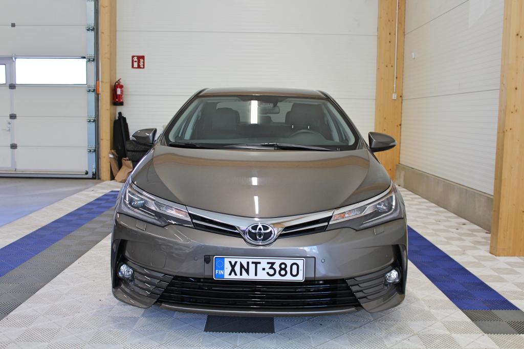 Toyota Corolla, 1, 6 Valvematic Premium Multidrive S *HUIPPUVARUSTELTU 1-OMISTEINEN SUOMIAUTO*