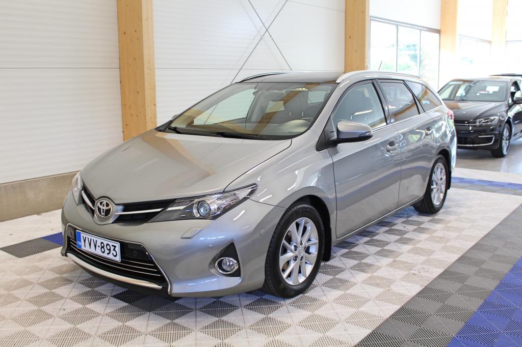 Toyota Auris, Touring Sports 1, 6 Valvematic Premium *NAVI/P-KAMERA/LASIKATTO/XENON*