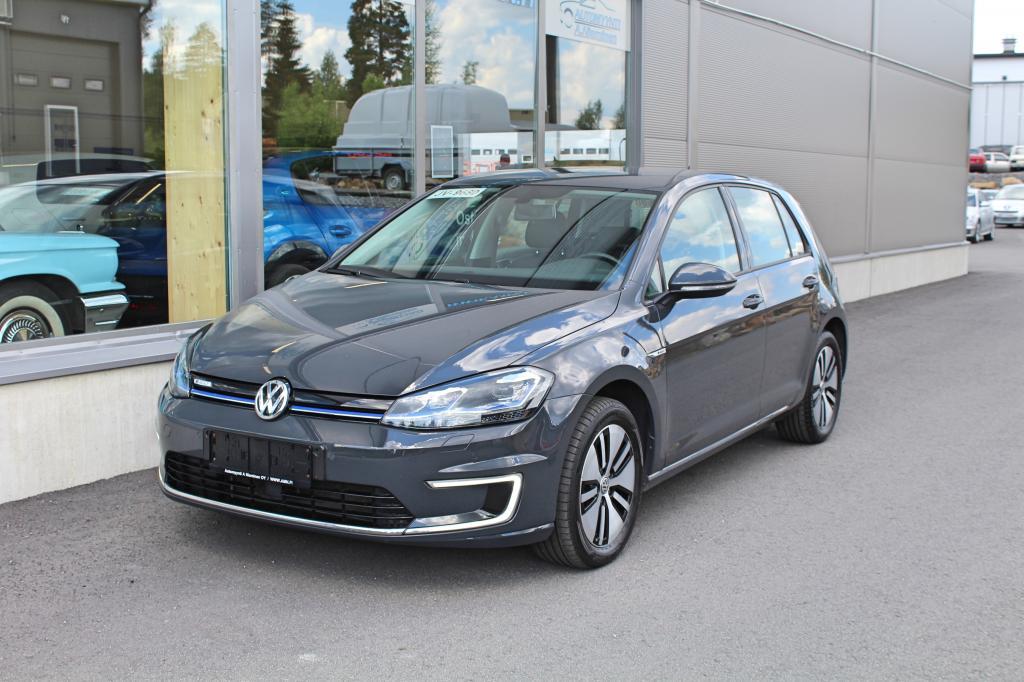 Volkswagen Golf, e-Golf 100kw *35.8kwh AKKU/300km RANGE(NEDC)/NAHKASISUSTA*
