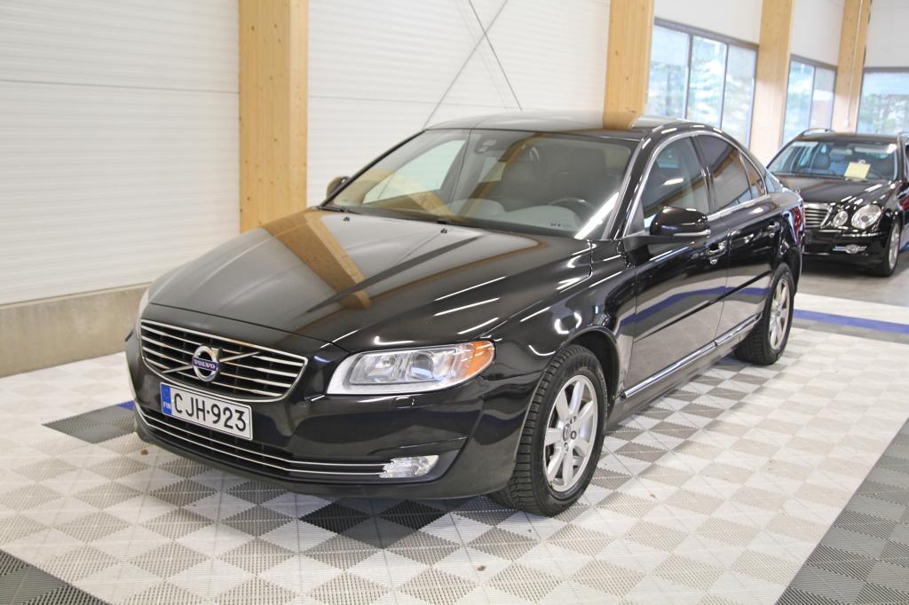 Volvo S80, 2.4 D5 AWD Momentum Aut *1-OM SUOMIAUTO*