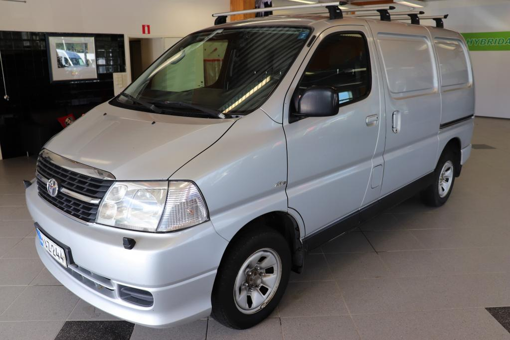 Toyota Hiace 2, 5 D-4D 117 5ov 4WD