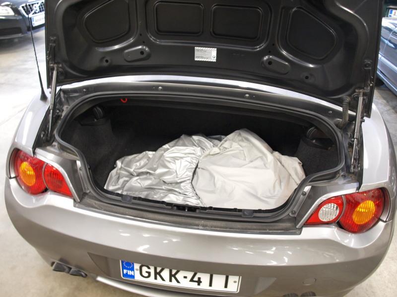 BMW Z4, 2, 5i ROADSTER. SIISTI AVO! RAHOITUS MAHDOLLISTA JOPA ILMAN KÄSIRAHAA! MYYDÄÄN ASIAKKAAN LUKUUN.