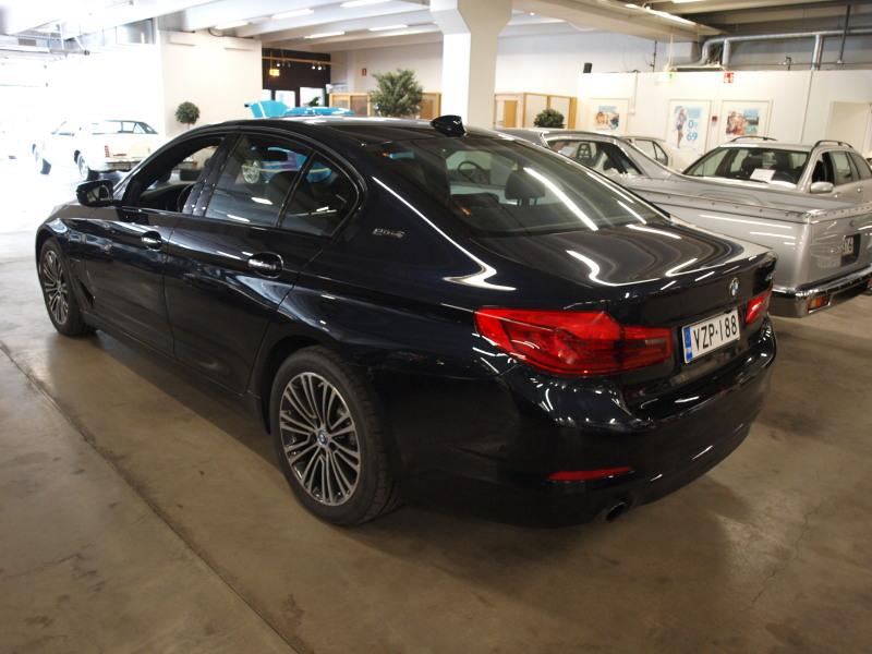 BMW 530e IPerformance, 530e Lataushybridi. iPerformance Sedan (AA) 4ov 1998cm3 A.Takuu voimassa 2/2020.