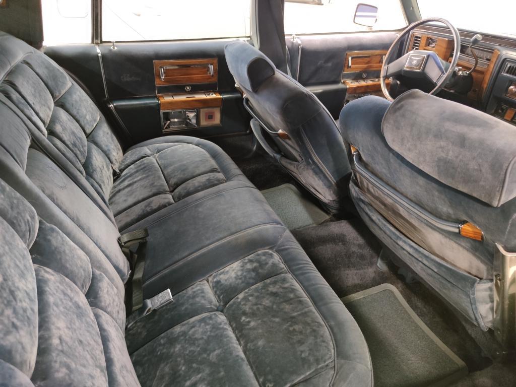 Cadillac Fleetwood, 4D FLEETWOOD BROUGHAM V8.Asiallisen Siisti!.Katsastettu 3/2020.