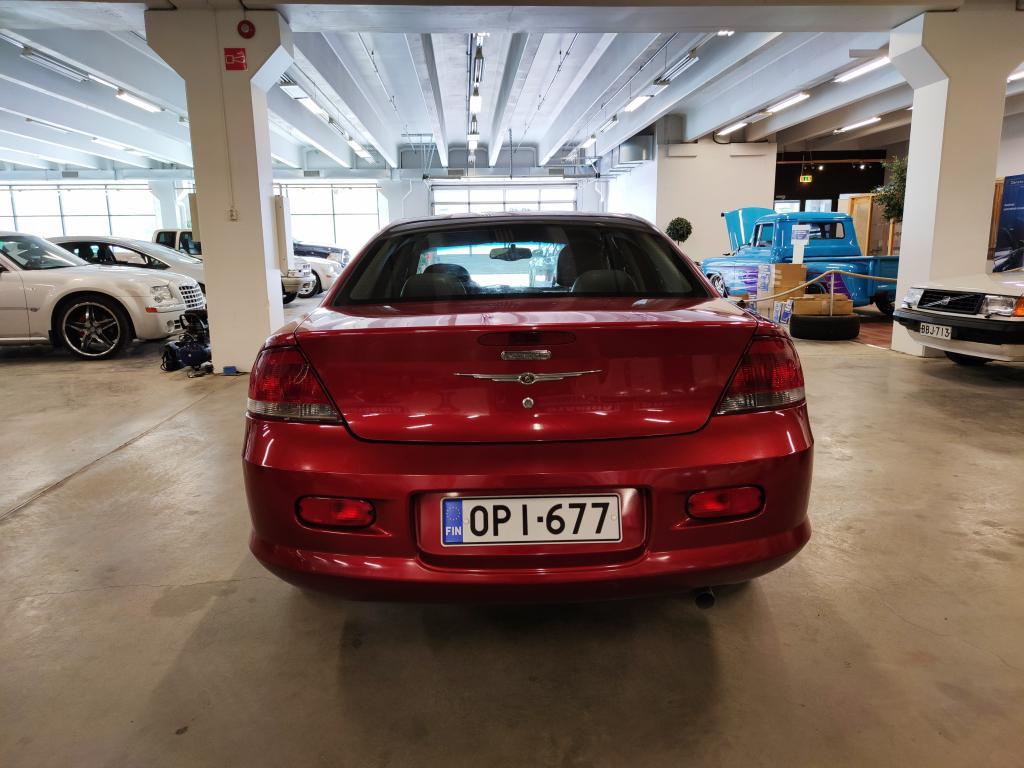 Chrysler SEBRING, 2.4L Automaatti. Jakohihna ja akku juuri uusittu!