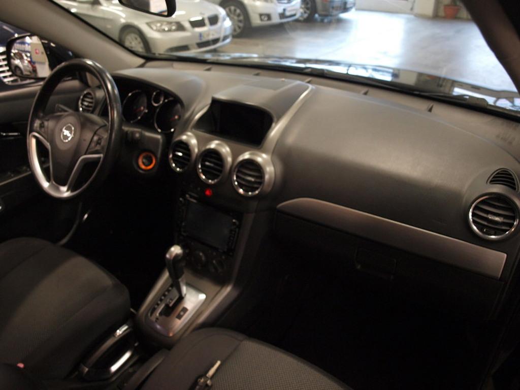 Opel Antara, 2, 0 CDTI A AWD. ASIALLINEN NELIVETOINEN PIKKUMAASTURI! RAHOITUS JOPA ILMAN KÄSIRAHAA!