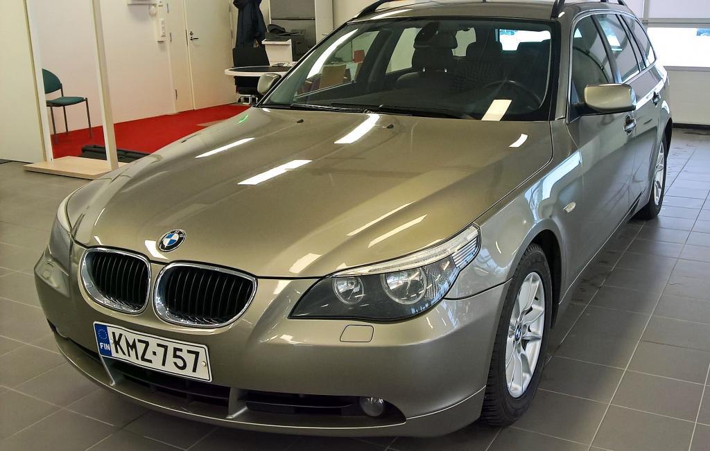 BMW 525i Touring E61 A