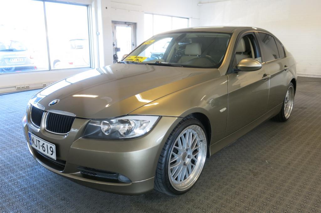BMW 320i Sedan 4ov 1990cm3 A