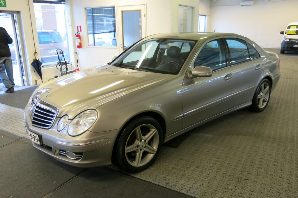 Mercedes-Benz E 280 CDi 4-Matic Avantgarde Aut. *AAC *Xenon *Cruise *Koukku