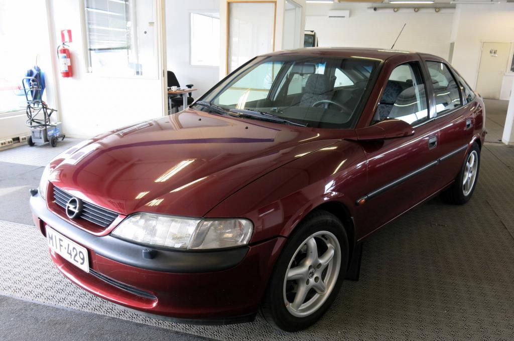 Opel Vectra 1, 8i 16V 5d *AJ. VAIN 94TKM!! *Harvoin tarjolla!