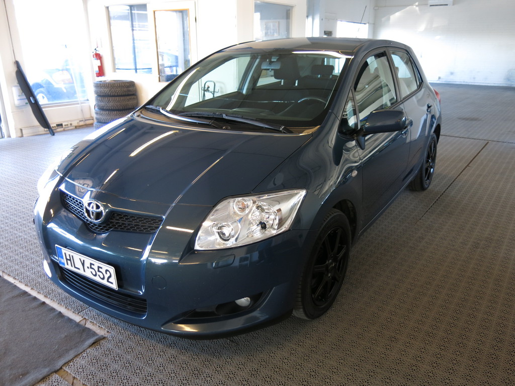 Toyota Auris 2, 0 D-4D Linea Sol 5ov *AAC *Hyvin huollettu!