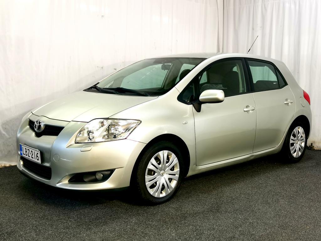 Toyota Auris 1.6 VVT-i Linea Sol