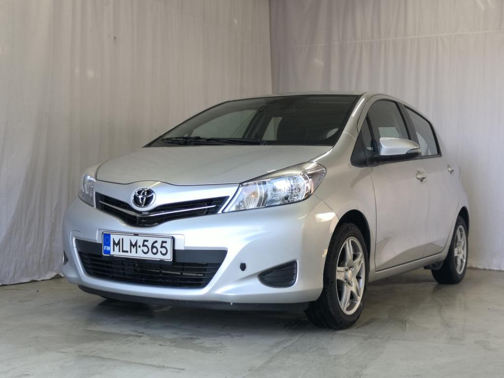 Toyota TOYOTA YARIS 1.3 VVT-i Linea Sol 5ov