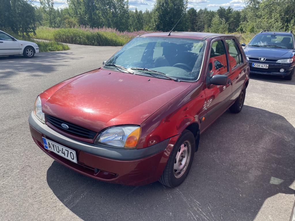 Ford Fiesta 1.3 HATCHBACK 4D,  JUURI LEIMATTU!
