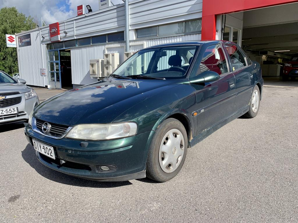 Opel Vectra 1.6 16V CD