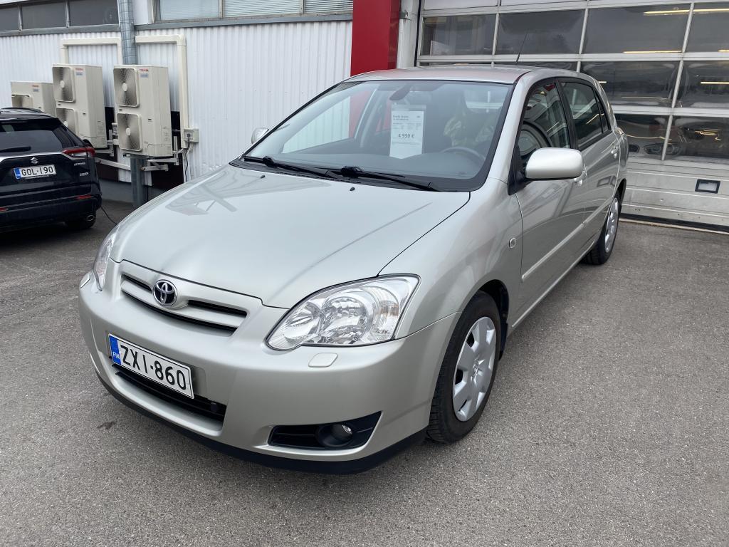 Toyota Corolla 1.6 HATCHBACK 4D