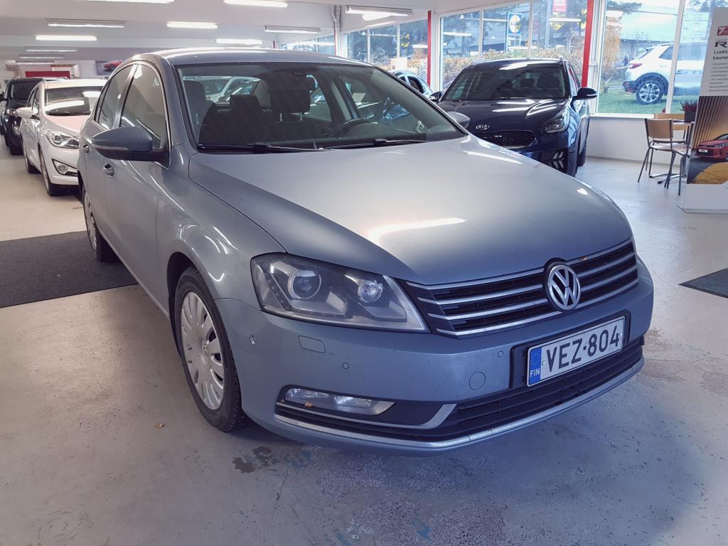 Volkswagen Passat Sedan Comfortline 1, 8 TSI 6MT