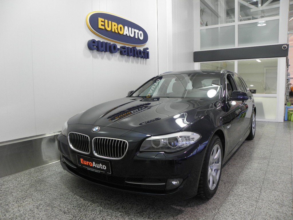 BMW 530 TwinPower Turbo A xDrive F11 Touring,  NAVI,  NAHAT,  BLUETOOTH,  XENON,  USB,  AUX,  CRUISE
