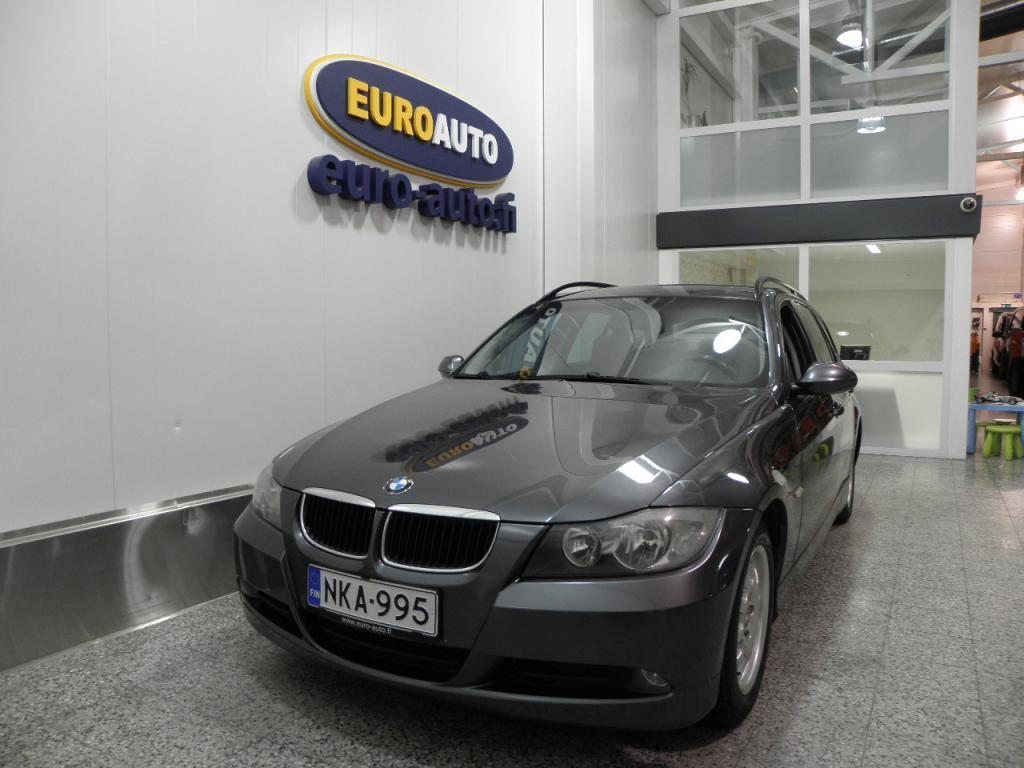 BMW 320 d E91 Touring,  NAHAT,  SÄHKÖSÄÄTÖISET ISTUIMET,  DTC,  USB,  KAHDET RENKAAT,  TUMMENNETUT IKKUNAT,  HYV KATS AUT VÄH 1000
