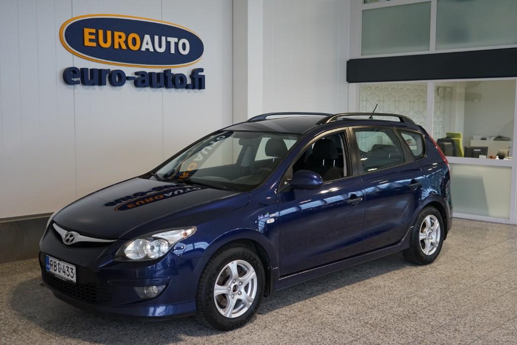 Hyundai i30 Wagon 1, 4 CVVT 5MT ISG Classic,  VAIN 99e/KK,  JUURI KATSASTETTU,  ILMASTOINTI,  ALUT,  LOHKIS,  USB,  AUX,  KAHDET RENKAAT