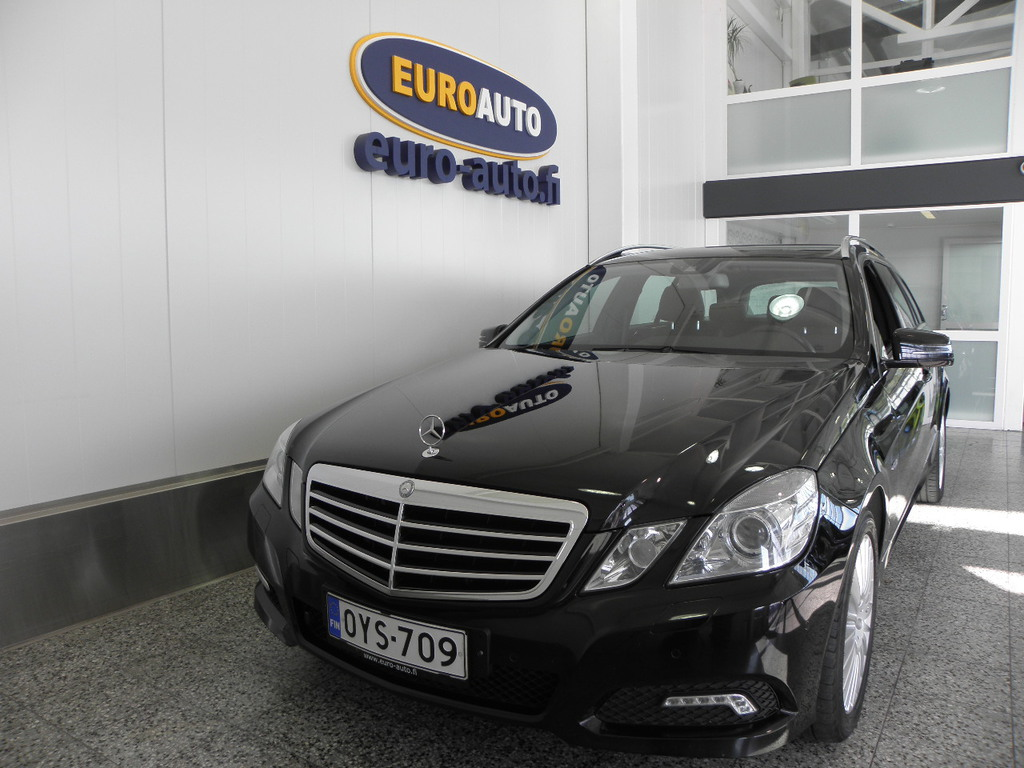 Mercedes-Benz E 200 CDI BE T A Avantgarde,  HIENO METALLIMUSTA VAIN 250?/KK,  NAVI,  BLUETOOTH,  CRUISE,  KAHDET RENKAAT,  LOHKOLÄMMITIN,  ALUT