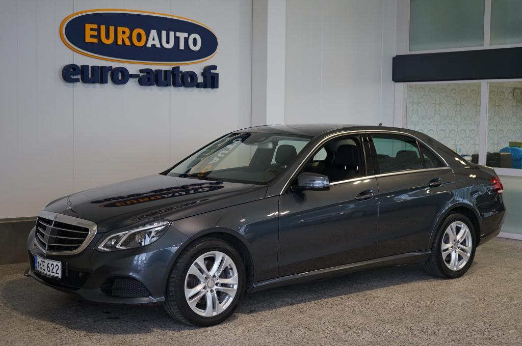 Mercedes-Benz E 350 252hv,  Bluetec Aut. SUPER SIISTI,  NAVI,  BLUETOOTH,  KATTOLUKKU,  LED ILS,  AKTIIVI CRUISE,  KAHDET RENKAAT,  KAISTAVAHTI