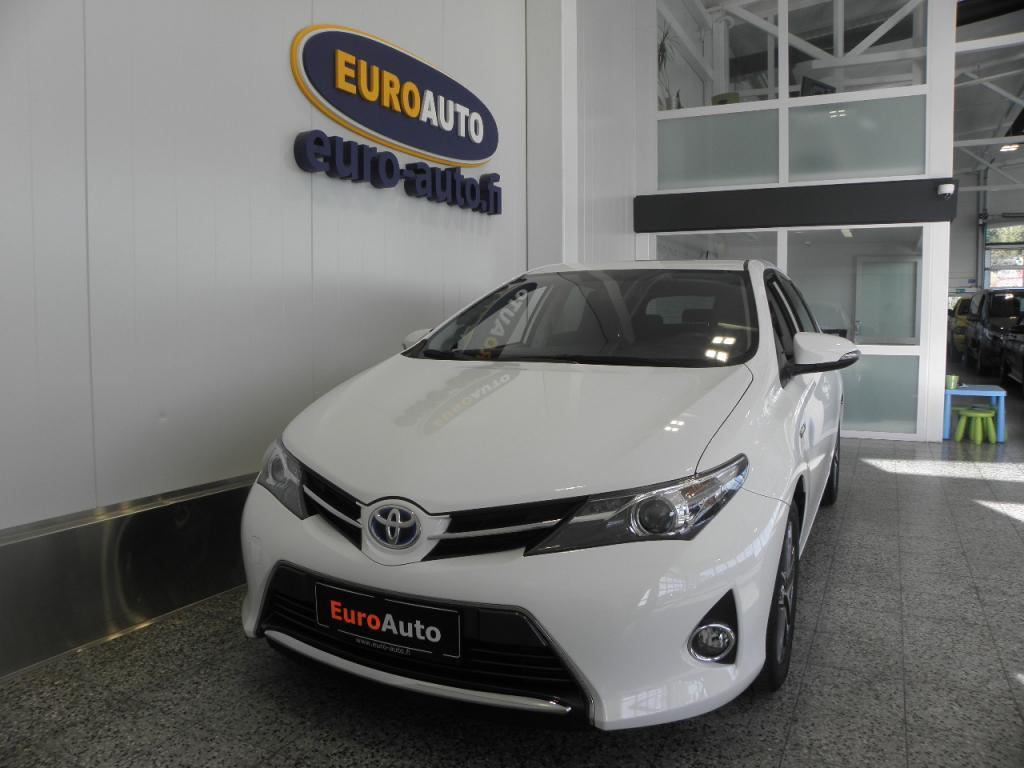 Toyota Auris 1, 8 Hybrid AUT. Active 5ov,  PERUUTUSKAMERA,  CRUISE,  BLUETOOTH,  USB,  ISOFIX,  LED,  TUMMENNUKSET,  AUTOMAATTINEN ILMASTOINTI