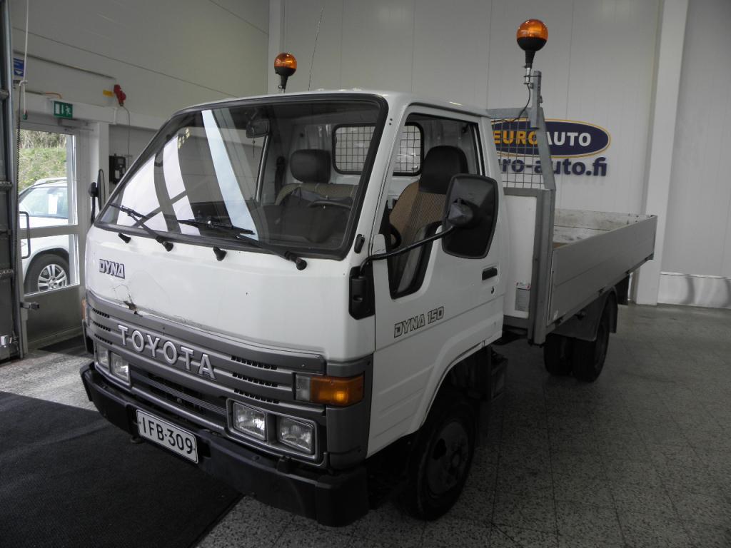 Toyota Dyna 150 2, 8d SIS.ALV. 1.OMISTEINEN SUOMI AUTO,  JUURI KATSASTETTU,  VAHVA TYÖKALU,  IKÄISEKSEEN TODELLA ASIALLINEN,