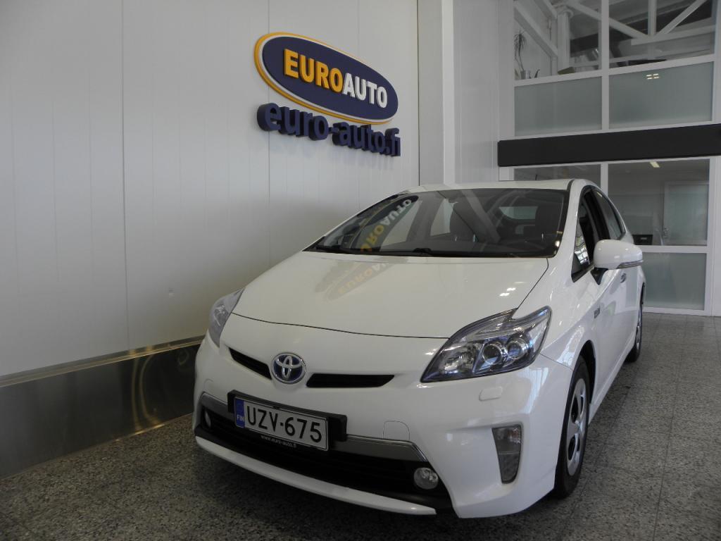 Toyota Prius PHEV Premium Plug-In Hybrid,  NAVI,  LED,  USB,  HUD,  CRUISE,  BLUETOOTH,  TOYOTA TOUCH,  PERUUTUSKAMERA,  KAHDET RENKAAT,  JBL