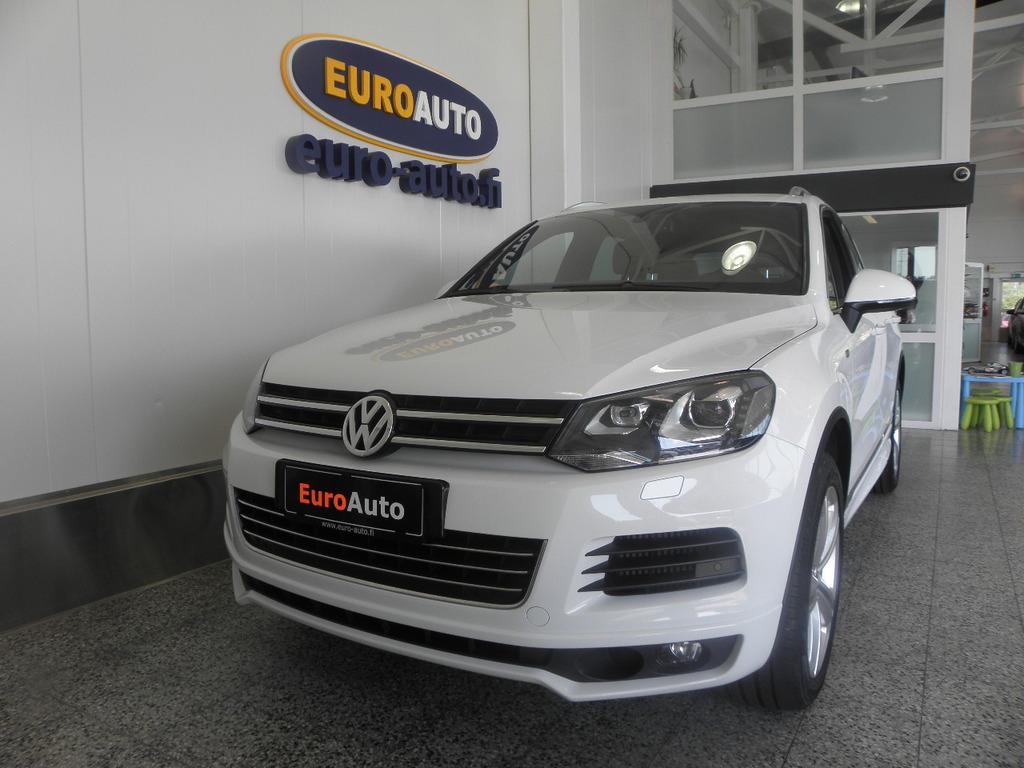 Volkswagen Touareg 3, 0 V6 TDI 180 kW (245 hv) 4MOTION R-Line BlueMotion Technology Tiptronic-automaatti,  NAVI,  PERUUTUSKAMERA,  WEBASTO