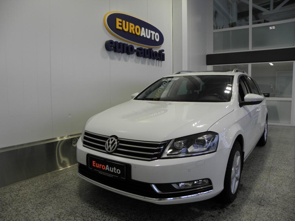 Volkswagen Passat Variant Highline 1, 4 TSI KAASU EcoFuel 110 kW (150 hv) DSG-automaatti,  PANORAMA,  NAHAT,  VETOKOUKKU,  KAHDET RENKAAT