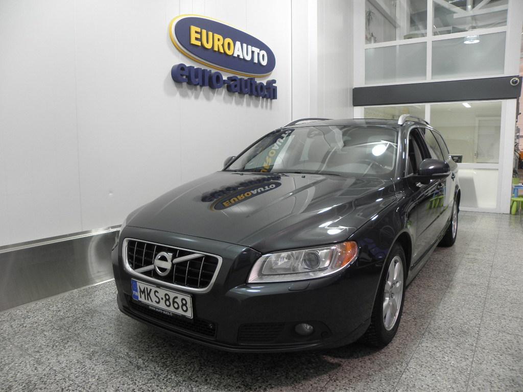 Volvo V70 1, 6D DRIVe Summum Inscription,  SUOMI AUTO,  NAHAT,  WEBASTO,  KATTOLUUKKU,  NAVI,  XENON,  CRUISE,  BLUETOOTH,  USB