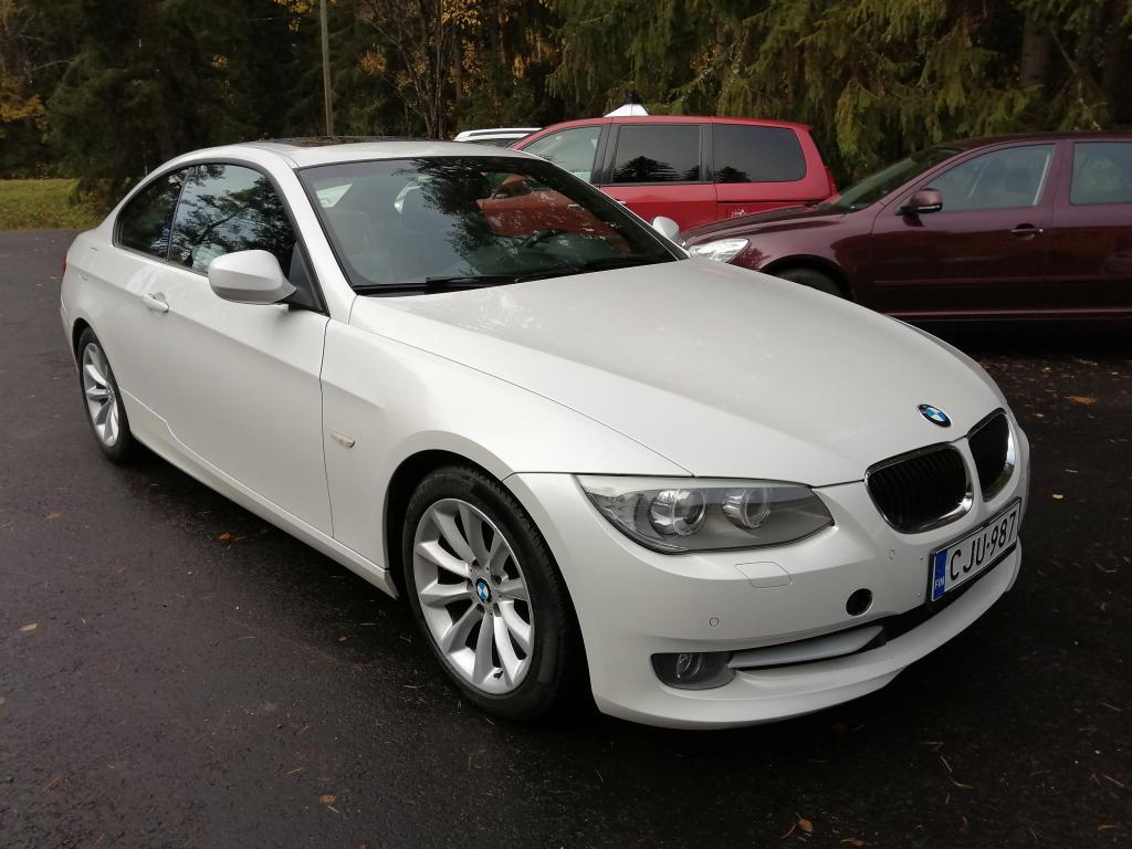BMW 320i Siisti ja vähän ajettu sportticoupé,  Joustavat rahoitusehdot!!