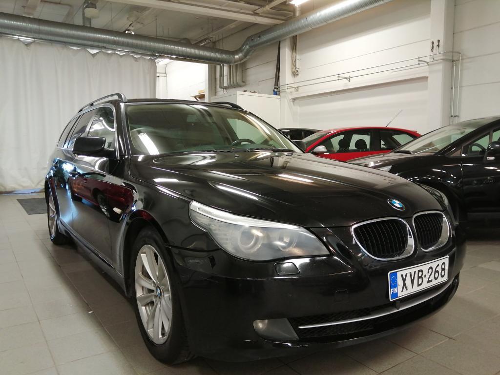 BMW 520 2.0D,  Maksuhäiriö ei ole ehdoton este osamaksukaupalle,  kysy lisää myyjiltämme!!