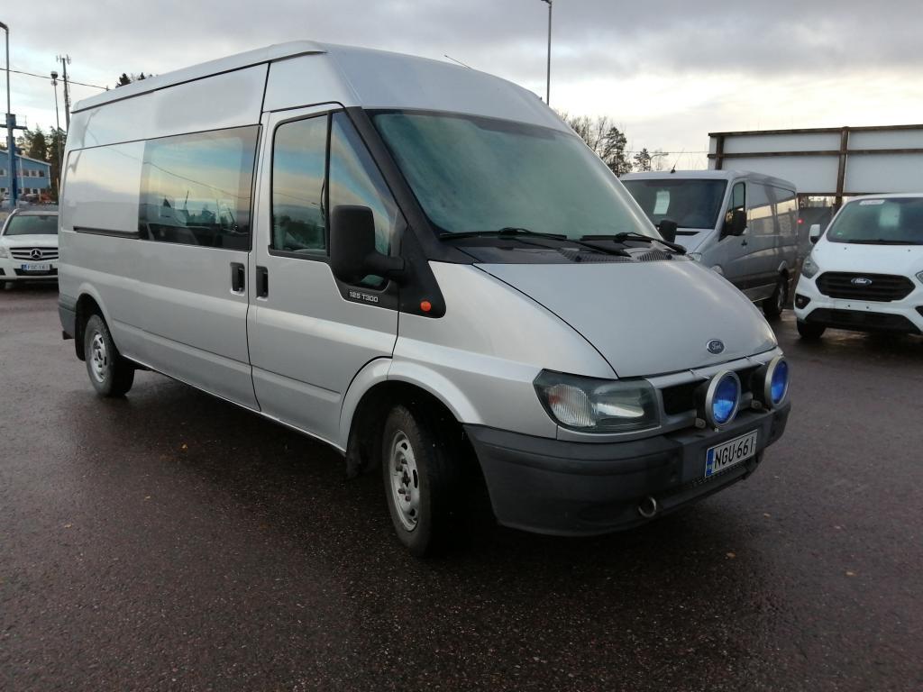 Ford Transit 300L Medium Van,  Hinta sis. ALV,  Rahoitus jopa ilman käsirahaa!!