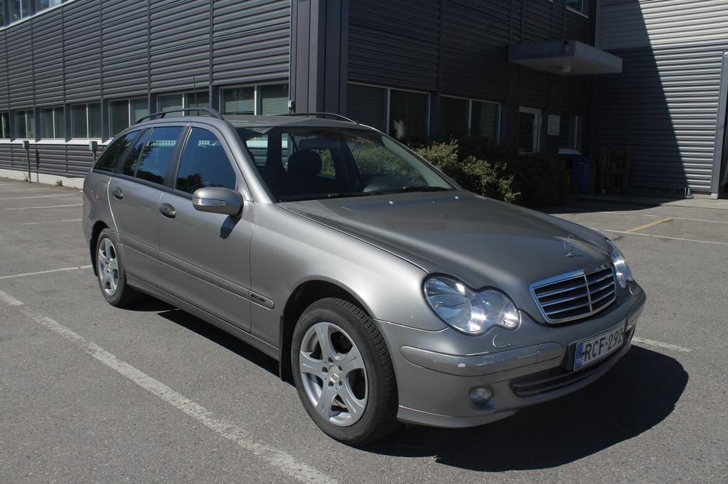 Mercedes-Benz C  200 CDI Automaatti,  Rahoitus jopa 0% käsirahalla!!