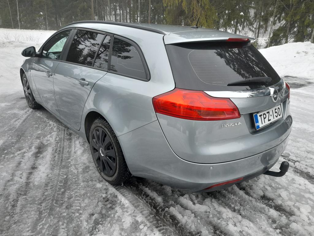 Opel Insignia 2.0 CDTI Sports Tourer,  Suomi-auto,  Kohtuu kilometrit,  Rahoitus jopa ilman käsirahaa!!