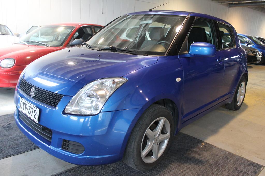 Suzuki Swift 1.3i,  Ilmastointi,  Suomi-auto,  Vähän ajettu,  Joustavaa rahoitusta jopa 0% käsirahalla!!